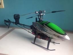 Helicóptero HK 450