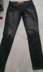 Calça Jeans Carmim Por$25,00