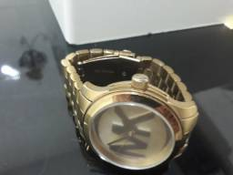 Vende-se Relógio Feminino MK Original