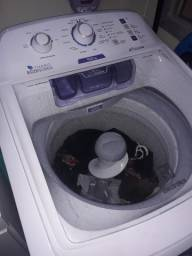 Máquina de lavar 10,5kg 1ano de uso turbo Electrolux