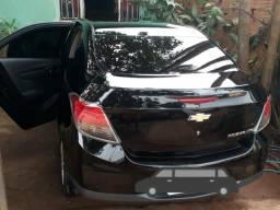 Vende-se carro prisma - 2013