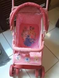Carrinho para boneca da princesas