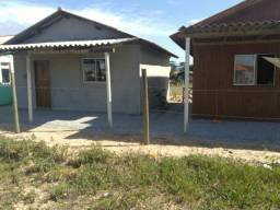 Alugo casas para temporada em Imbituba leia a descrição