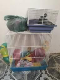Vendo ou troco 2 gaiolas de hamster