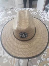 Chapéu de palha Novo.