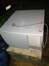 Ar condicionado Eletrolux 18 mil BTUs