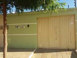Alugo casa no Ipsep 1,próximo a central de adubos saída pra Recife,Petrolina/PE