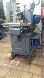 Fresadora hidráulica de produção AT