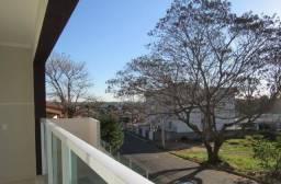 Apartamento com Sacada e Quintal Privativo