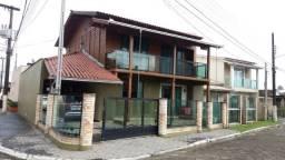 Excelente Casa à venda com 3 dormitórios em Condomínio Fechado
