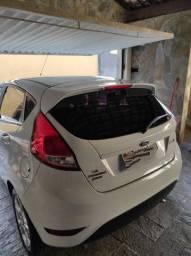 Vendo lindo Ford Fiesta 1.6 Automático