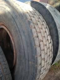 Vd pneu 295 com aro barato