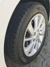 Jogo de rodas aro 16 Nissan Sentra original com pneus novos