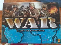 Vendo 2 jogos QUEST e WAR
