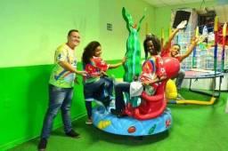 1- A Melhor Casa de Festa Infantil Mundo Feliz + de 30 brinquedos + Buffet