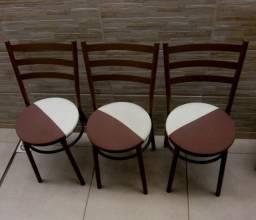 Título do anúncio:  3 Cadeiras reforçadas em metal