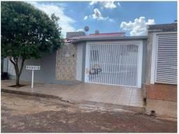 Casa com 3 dormitórios à venda, 61 m² por R$ 170.000,00 - Jardim Ipê - Campo Mourão/PR