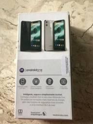 Título do anúncio: Motorola Moto One 64gigas