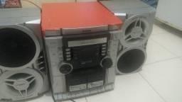Vendo som com 2 caixas de som cd e toca fitas