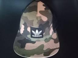 Título do anúncio: Boné Adidas camuflado original