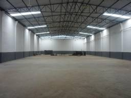 Galpão de 1.200 m² com área externa para carreta