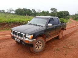 Hilux Sr5 2001/2001 pronta pro trabalho 4 pneus lameiros zero - 2001