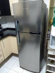 Geladeira Brastemp Frost Free Inox Duplex 375 litros - Pouco uso ainda na garantia