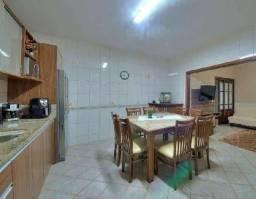 Linda casa de 2 quartos em Madureira