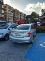 Nissan Versa 2013 fácil aprovação - 2013
