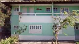Casa duplex de frente p/ praia - Piúma (Condomínio Village das Pedras)