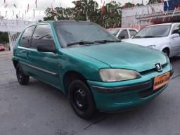 Peugeot 106 Soleil 1.0 Gasolina - 1998