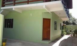 Casa de 2 qts em condominio fechado
