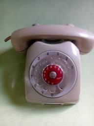 Balança antiga. telefone