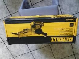 Esmerilhadeira Angular de 115mm 900w DeWALT