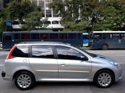 Peugeot 207 SW 2011 XS 1.6 automático - 2011