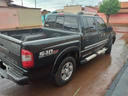 Vendo S10 executiva - 2011