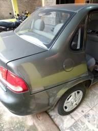 Veículo em perfeito estado de funcionamento - 2011