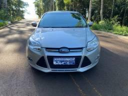 Focus 2015 Hatch Manual 1.6 Completo 69 mil km Vei?culo Impeca?vel