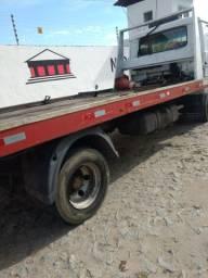 Caminhão reboque