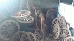 Vendo rodas de carroça