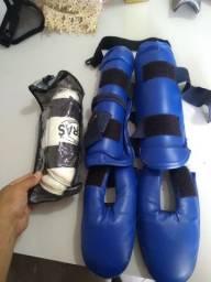Kit caneleira protetor de pé e antebraço Taekwondo.