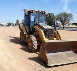 Retroescavadeira  Caterpillar - R$ 100.000,00