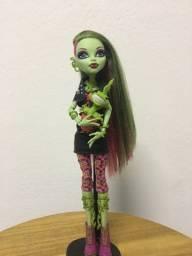 Título do anúncio: Boneca Monster High Venus Mcflytrap