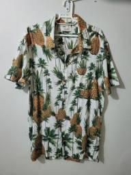 Título do anúncio: Camisa osklen abacaxis ed limitada Gg