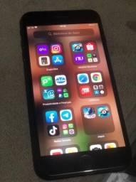 iPhone 8 Plus  1.850