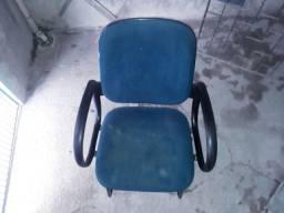 Título do anúncio: Cadeiras R$60 unidade, cuida!