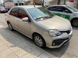 Título do anúncio: Toyota Etios sedan automatico