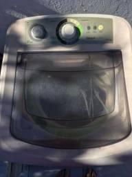 Máquina de lava pra retirada de peças