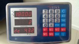 Balança digital 180kg plataforma Bivolt com bateria interna.