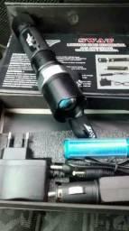Lanterna LED SWAT zoom de foco 148000 lumens 2 baterias recarregáveis